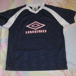 Футболка Umbro оригинал на 140-146 рост. В идеальном состоянии .Материал нового поколения, который н