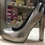 Распродажа обуви из Сша последний размер 22-23 см