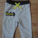 Прикольные серые штаны с Бэтманом
