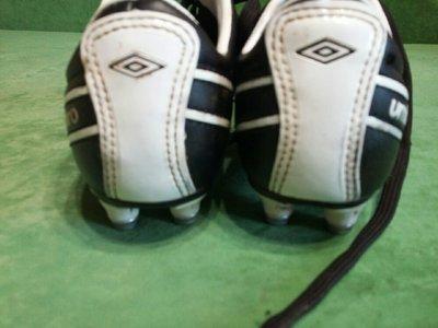 fee6c538 Детские футбольные бутсы Umbro 31: 275 грн - детская спортивная обувь umbro  в Харькове, объявление №10016081 Клубок (ранее Клумба)