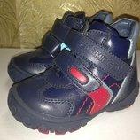 Новые кожаные ботинки р.20 - 13см, р.21 -13,5 см