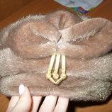 шапка из искусственного меха бежевого цвета новая