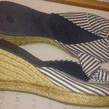 стильні босоніжки в полоску р38 нові