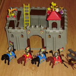 шикарный большой конструктор Средневековый замок Medieval castle Unimax toys оригинал