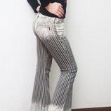 Крутые стильные джинсы в полоску Огромный Выбор джинсов, штанов, бридж