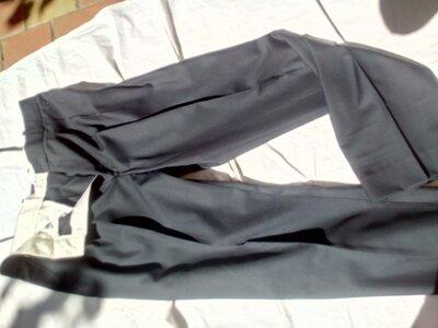 продам новые клас. мужские брюки.черного цвета