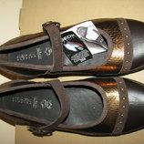 Нові Туфлі брендові шкіряні дихаючі GEOX Respira Оригінал Індонезія р.38 стелька 25 см