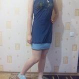 Спортивное платье с капюшоном.