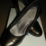 Туфли Vels, р-р 35, стелька 23,5 см, б/у