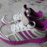 Кроссовки Adidas оригинал . Размер 31 стелька 20 см . В отличном состоянии