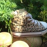 Высокие кеды леопардовые в отличном состоянии стелька 15,5 см