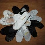 Чешки белые, черные для девочки и мальчика. Натуральная кожа искусственная