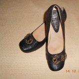 Туфли с пряжкой кожзам