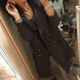 Стильное демисезонное пальто-плащ