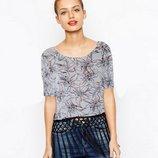 Летняя оригинальная блуза с бахромой и принтом цветы