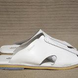 Белоснежные кожаные шлепаны в стиле этно Boxom Турция. 45 р.