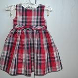 Платье красивое на 12-18м.