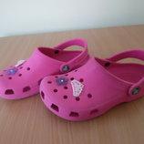 Кроксы аквашузы 22 см ветнамки обувь для пляжа бассейна как новые цветок Crocs Крокс