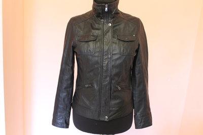 Шкіряна куртка Esprit  2550 грн - демисезонная верхняя одежда esprit ... 15ffaa591a277