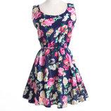 Красивое женское платье с цветочным принтом летнее синее
