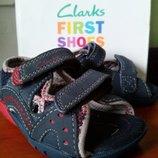 Новые детские босоножки Clarks раз. 20 FIRST SHOES в фирменной коробке