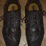 Продам кожаные фирменные кроссовки PUMA р 38.