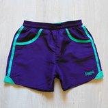 Яркие спортивные шортики для девочки. Lonsdale. Доступны в размерах 7-8 лет, 9-10 лет.