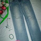 фірмові жіночі завужені джинси