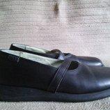 Комфортные черные кожаные туфли в стиле Мери Джейн Camper Испания. 39