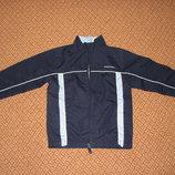 Ветровка Diadora темно-синего цвета на 5-6 лет
