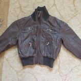 Куртка коженная на мальчика 6лет