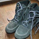 Ботинки натуральные замшевые серые 23,5 см