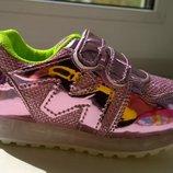Светящиеся розовые блестящие кроссовки мигалки стелька 17,5см
