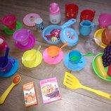 Посудка ,аксессуры для игры в кухню