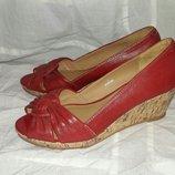Туфли кожаные на танкетке footglove 36размер