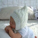 Демисезонная вязаная шапочка для новорожденных на трикотаже 0 - 3 мес.