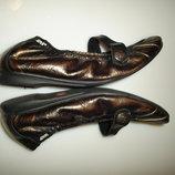 Патированные кожаные балетки, мокасины Xti , р 36, стелька 23 см, сделаны в Испании обуты 1 раз, как