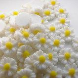 Скрапбукинг кабошон. цветы для рукоделия. Цветочки ромашки в наличии