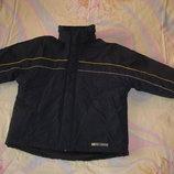 Куртка Outerwear Германия на 146-152 рост.На три сезона Осень- Зимняя-Весна. Куртка на утеплителе