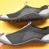 Фирменные спортивные кроссовки мокасины