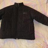 Куртка Reebok оригинал размер M на 146-152 рост. Зимняя. Куртка на утеплителе .В идеальном состоянии