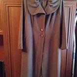 Осеннее женское пальто 50 р- р новое