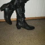 елегантні шкіряні демі чобітки