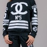 Модный спортивный костюм Coco Chanel