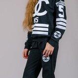Стильный спортивный костюм Chanel