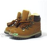 Качественные, зимние ботинки для мальчика.