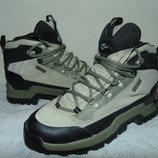 Термоботинки Adidas 38р,ст 24 см.Мега выбор обуви и одежды