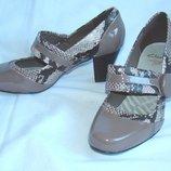 Туфли женские Clarks Размер 37 UK4