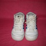 Кожаные фирменные кроссовки Adidas оригинал - 27 размер