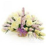 Букет из конфет Ваниль бутоны роз распустившиеся розы